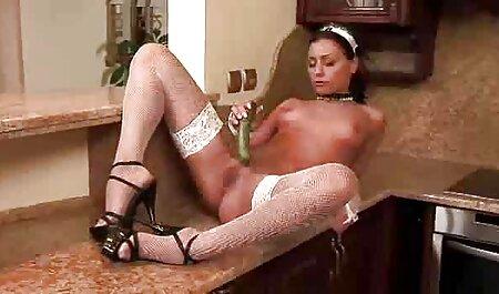 Sensual rubia con videos xxx de maduras amateur un buen culo grande para revelar un agujero anal para una larga polla negra anal con un hombre negro