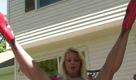 Loco MILF en bikini videos de sexo veteranas ama áspero sexo al aire libre