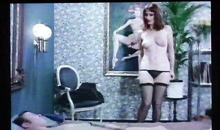 Casero chica en rojo videos xxx de maduras amateur lencería masturbándose coño y chorros en cámara web