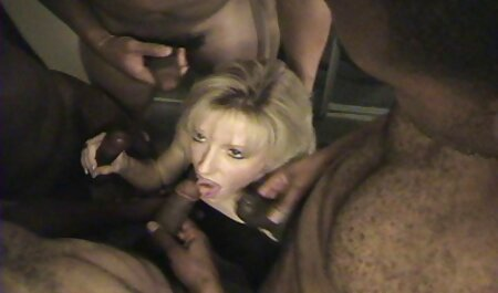 Caliente sexo casero veteranas Brasil chica masturbándose jugoso coño en la webcam