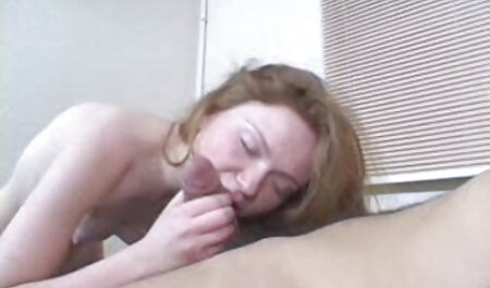 Joven modelo porno veteranas xxx gratis cums con la spray de sexo juguetes