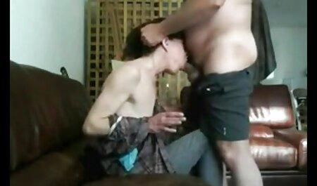 Él te presenta con su vecino, su adulto, una puta, caliente listo para follar todo el día sexo casero de veteranas y toda la noche