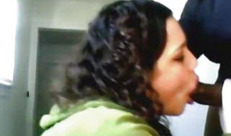 Una madura mamá durante mucho tiempo decidió encantador joven amigo de su hija, salvaje veteranas folando lesbianas frotar coños