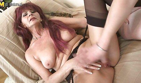 Joven veteranas con jovenes xxx modelo porno ama lamiendo coño de su relax novia