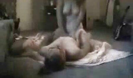 Madura en videos xxx con veteranas medias blancas follada duro con polla negra, macho al aire libre
