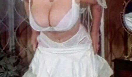 Latina con grande, gran culo y tetas naturales de su profesor de tetonas veteranas baile, América Latina 171; salsa187;