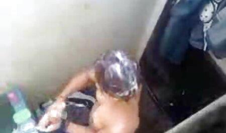 Tetona madura mujer rips pantimedias en su coño y inserta un consolador en cogiendo veteranas su coño
